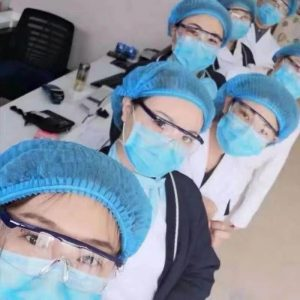 Usage of safety goggles by our customers